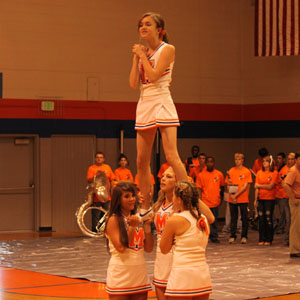 Cheerleading squad practices for season