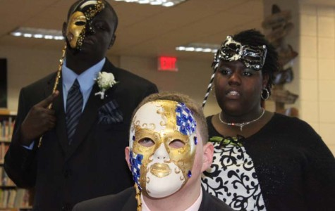 Students attend masquerade ball at Sterling Castle