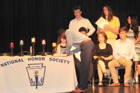 Scholars' Bowl teams earns wins at county tournament