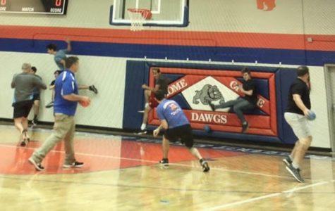Teachers defeat seniors in Dodgeball