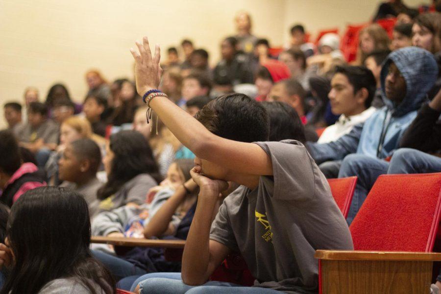 MMS+students+attend+UM+class